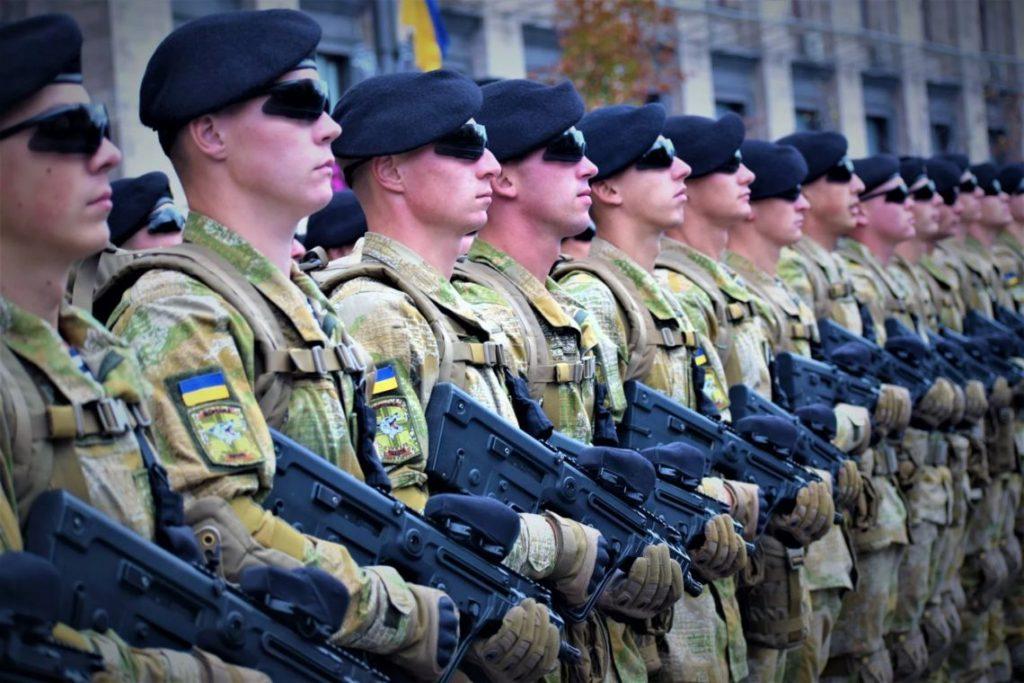 Новый подсчет выслуги лет для военных и сотрудников полиции